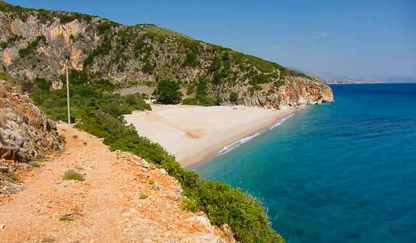 Gjipe canyon & beach